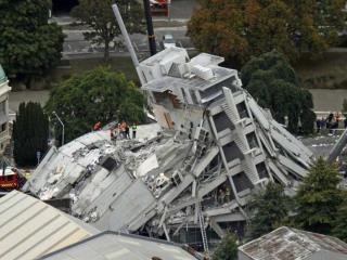 Dozens trapped by New Zealand quake February 22, 2011