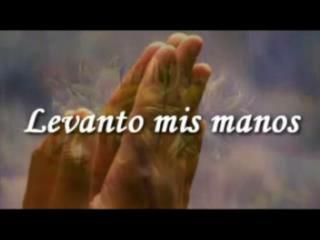 Por que me  amas tanto, Señor y tu amor llena todo mi ser…
