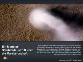 Ein Monster-Staubteufel streift über die Marslandschaft