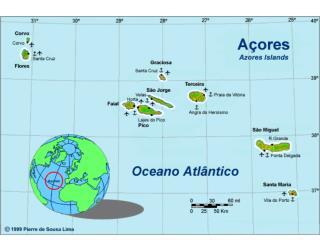 São Miguel har bjerge, kratersøer,