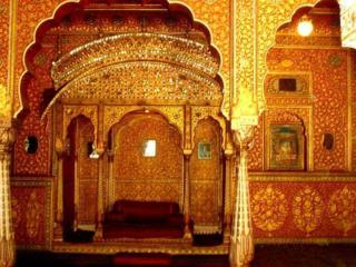 1�Orchha  Palace Built XVI century Style Bundela Dinasty Rajput