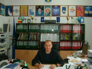 Echipa de volei fete    anul scolar 2010 – 2011 Nicu Ioan  Profesor Educatie Fizica si Sport