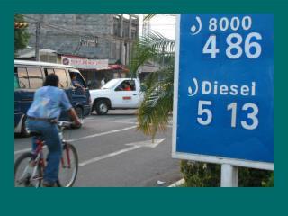 FOTORREPORTAJE:  El salvador en crisis a causa del alto costo de los combustibles