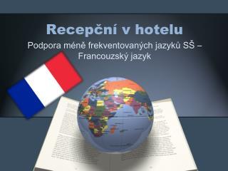 Recepční v hotelu