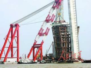 世界跨径最大的斜拉桥 ——— 苏通大桥