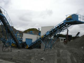 The plant is caple of washing 100tph Dust/Sand & Gravel per hour, producing 3 grades of product;