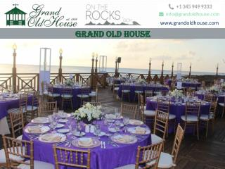 The best Beachside bar and restaurant in Grand Cayman
