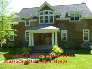 Private 1 bedroom apartment in Massachusetts with 4 sleeps
