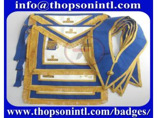 Craft Provincial Apron & collar set