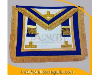 Craft Provincial full dress apron with level