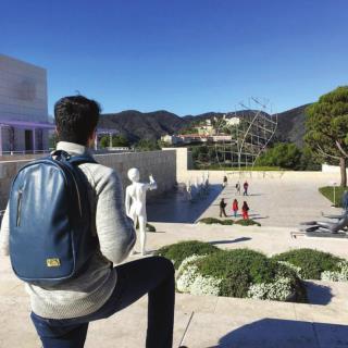 Buy latest backpacks, backpacks for men and weekender bags