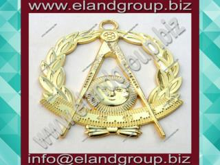 Masonic Past Master Jewel Compasses Quadrant within Wreath