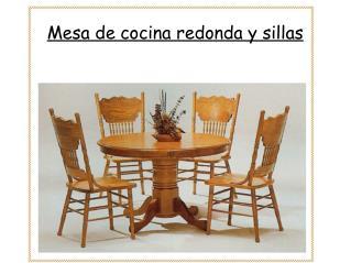 Mesa de cocina redonda y sillas
