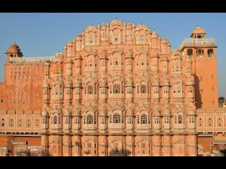 Top travel solutions with a set itinerary with travel agents in Jaipur