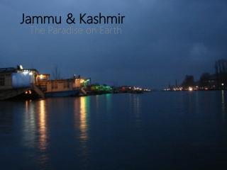 luxury houseboats in Kashmir